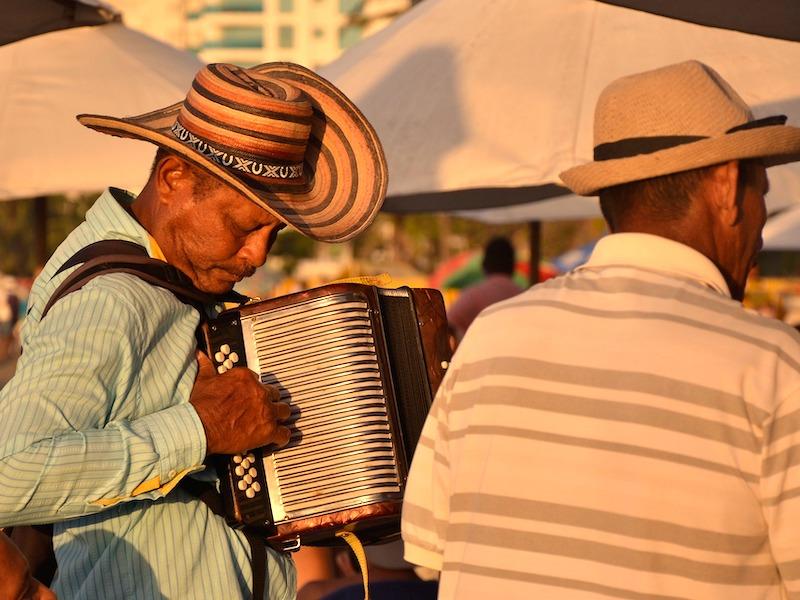 Kolumbien Rundreisen Straßenmusiker